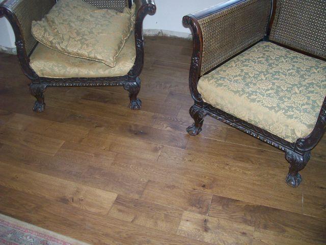 Hand scraped pre finished Oak flooring