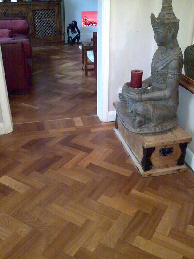 Hard wood floor parquet herringbone pattern